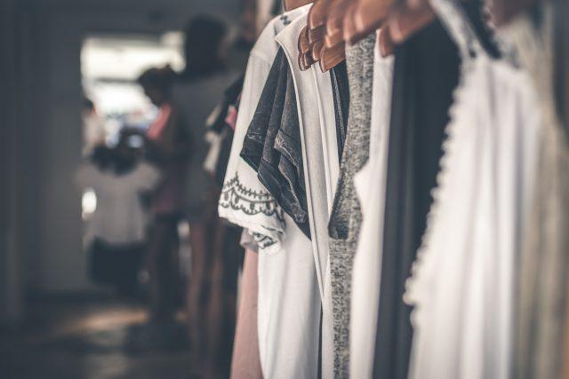 Jaką sukienkę na chrzciny wybrać?