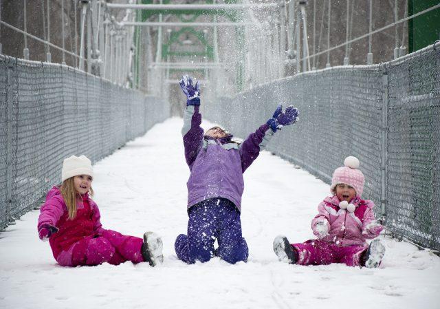 Śniegowce American Club – moda i wygoda na zimę