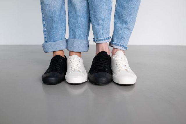 Trampki damskie i męskie – od wynalezienia gumy do kultowych butów